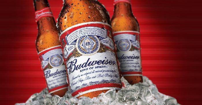 Het bier Budweiser zal geschonken worden tijdens het WK 2022